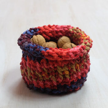 Handmade Knitted Basket, Home Decor, Storage, Knit, Nuts Toys Treasuries Jewelry, Pink Purple