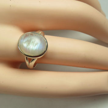 Silver moonstone ring, size 8, solid 92.5 sterling silver, rainbow moonstone