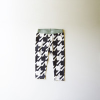 Cats-Tooth [Houndstooth Pattern] Organic Baby Leggings - Size 6-12m