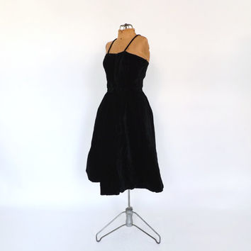 Vintage 1950s Black Velvet Dinner Dress Party Vintage Cocktail Gown 50s Prom Dress Cupcake Dress Marilyn Monroe Size Small Mad Men