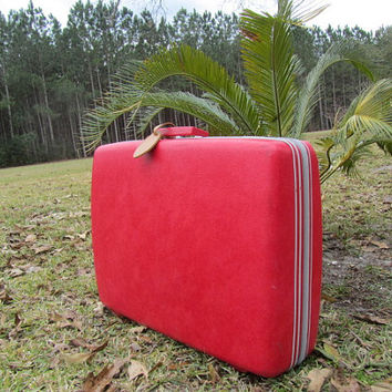 SEARS COURIER LUGGAGE, Red Suitcase, Polka Dots, Photo Prop, Retro Luggage, Hard Case, Travel Bag