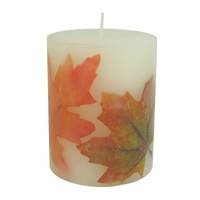 Small Embedded Leaves Candle