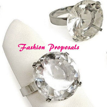 25 Crystal Diamond Ring silver napkin ring, bling crystal napkin ring, holder, Wedding Crystal Gem napkin ring  25 49.00