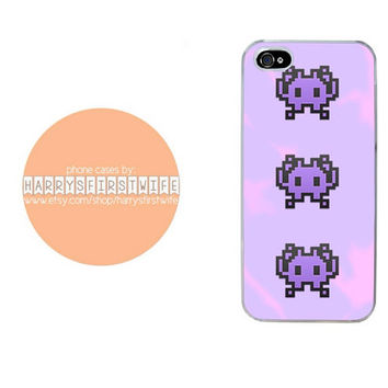 Purple Video Game Character Emoji iPhone 4/4s 5/5s/5c & iPod 4/5 Case