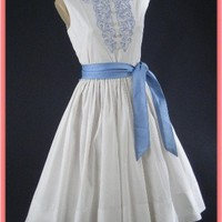 60s Embroidered White Full Skirt Dress-1960s Vintage Dresses