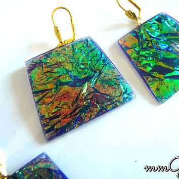 Gold flakes earrings, resin earrings, cobalt, blue, green, emerald, gold, drop, geometric, rectangle, high fashion, dichroic, earrings,