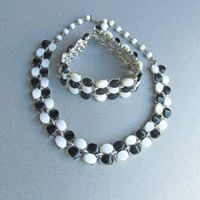 1960's Vintage Ultra MOD Black & White Thermoset Choker Necklace, Bracelet Set
