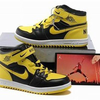 New Air Jordan 1 Retro Kids Shoes Black Yellow White