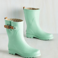 Puddle It Be? Rain Boot in Buttermint | Mod Retro Vintage Boots | ModCloth.com