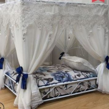 Deluxe court bed pet  teddy bear dog house Princess bed pet nest iron bed