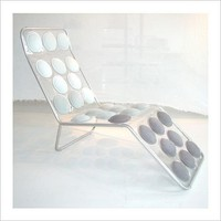 Button Chaise