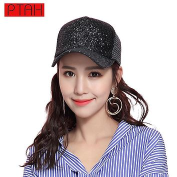 PTAH 2017 Fashion Women Sequins Mesh Hip Hop Adjustable Paillette Baseball Caps High Quality Sports Tour Hats Sombreros PT705