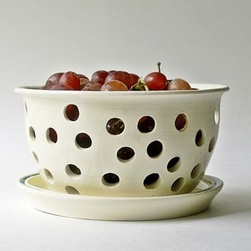 Berry Bowl,Colander Strainer, Fruit Bowl, White