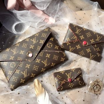 """Louis Vutitton"" Retro Fashion Letter Logo Print Buttons Clutch Women Envelope Bag Wallet Set Three-Piece"