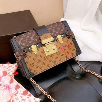LV 2019 new TRUNK CLUTCH women's wild chain bag shoulder bag