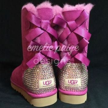 DCCK8X2 UGG? Australia Bailey Bow boots with Swarovski Crystals