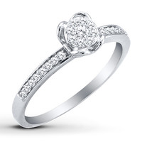 HEARTessence Ring 1/5 ct tw Diamonds 10K White Gold