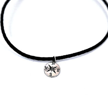 Unisex Compass Engraved Silver Small Customizable Choker Necklace Earrings
