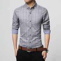 Men's Slim Fit Button-up Shirt