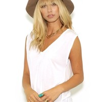 Michael Lauren Jerry V Neck Sleeveless Tee in White | Boutique To You
