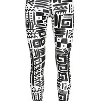 Grafitti print legging, Topshop: £20. - picture 3 of 9 - Galleries