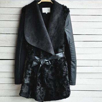 2015 Brand Black Shearling Panel Waterfall Biker Jacket Women Fur Coat With Sashes Long Pu Leather Outerwear Patchwork Casacos (color: Black) = 1932286276