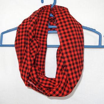 Red & Black  Maasai Infinity scarf