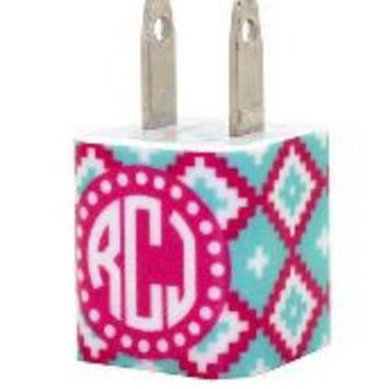 Monogram Chargers and Power Banks - Pattern Collection