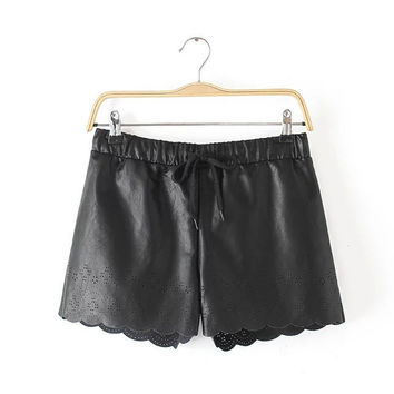 Women's Fashion Floral Hollow Out Shorts [4917796100]