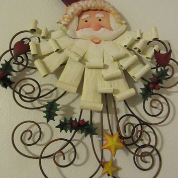 Vintage Wire and Metal Santa Face Holiday Decor Door or Wall Hanging