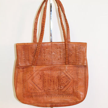 "Vintage 60's 70"" Boho Hippie Ethnic Indian Butter Leather Tooled Festival Shoulder Bag Purse (Small/Indie Brands)"