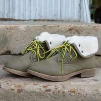 Below Zero Wool Lace Up Khaki Ankle Boots