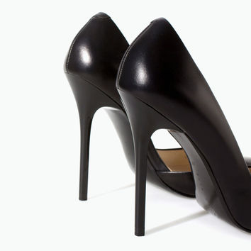 ZARA Woman BNWT Black Asymmetric Leather Court Shoe With Stiletto Heels 1202/301