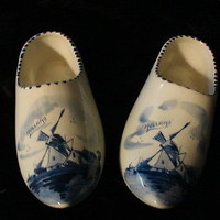 "Vintage DELFTS BLUE Holland Two 7"" Ceramic Dutch Shoes"