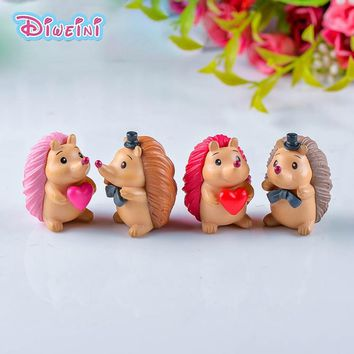 4pcs Lover Hedgehog model Cartoon Animal Girl Boy toys Miniature Figurine baby home decoration PVC craft Creative Toys