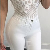 Embroidery Lace Sleeveless Back Zipper Short Slim Bodysuit