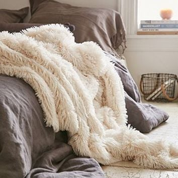 Cream Faux Fur Throw Blanket - Urban Outfitters