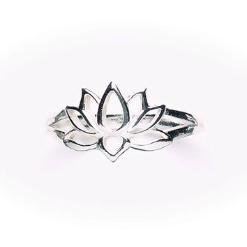 Tomas Jewelry Sterling Silver Cutout Lotus Ring