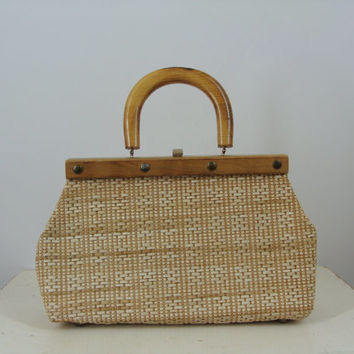 Sale /// Vintage Wicker Weaved Handbag