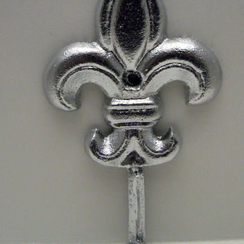 Fleur de lis Cast Iron Bright Shiny Silver Wall Hook French Decor, Paris, Shabby Chic Leash Jewelry Coat Hat Key or Bathroom Towel Hook