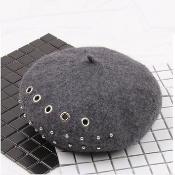 FFBC001 Winter Autumn Rivets Beret Cap Fancy Warm Wool Felt French Artist Beanie Women Beret Hat with Metal Ring