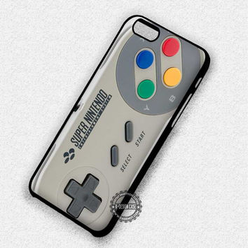 Super Nintendo Game Controller - iPhone 7 6 5 SE Cases & Covers