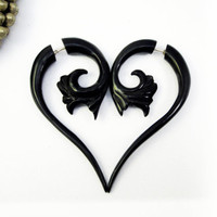 Fake Gauges Drops Horn Earrings Black Flower by organicethnic