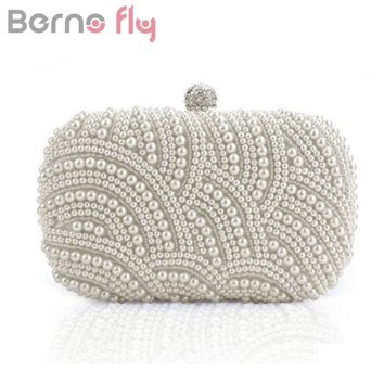 Berno fly Luxury Crystal Evening Clutch Bag Elegant Women Clutch Handbag Lady Wedding Purse Party Rhinestones Pearl Wallet