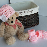 Baby Girl - Hat and Booties Set - Newborn - 3 months