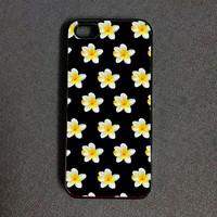 Daisy iPhone 6 case Flowers iPhone 6 case iPhone 5s case Iphone 5c case iPhone 5 case iphone 4/4s case christmas gift