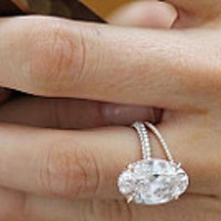 5.62ct Oval Moissanite & Diamond Engagement Ring 18kt Rose Gold  Blake Lively JEWELFORME BLUE