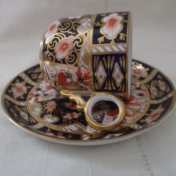 Royal Crown Derby Imari 2451 cup and saucer. Imari Coffee Can and saucer. Antique cup and saucer dated 1913. Collector's gift idea