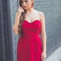 WEB EXCLUSIVE: Holiday Sweetheart Dress in Red