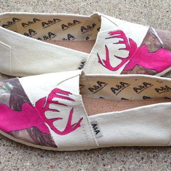 Pink Camo Realtree Browning Deerhead Shoes